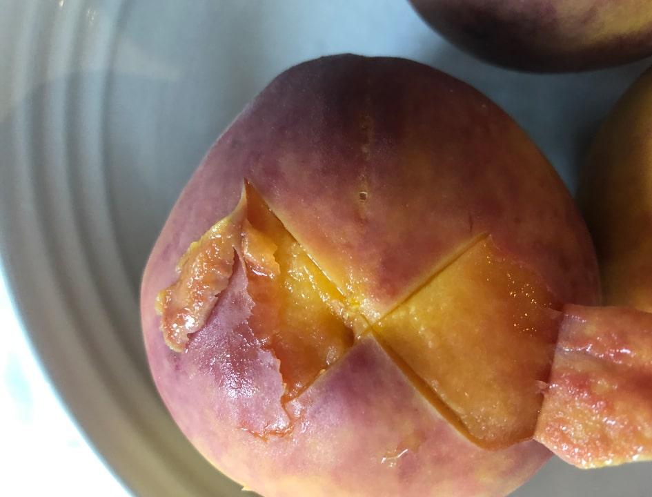 peeling cooked peaches
