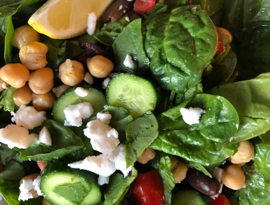 greek chickpea and feta salad ingredients
